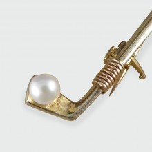 SOLD Vintage Golf Club Bar Brooch set with Pearl set in 9ct Tri Colour Gold