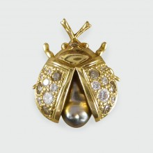 Diamond and Pearl set Lady Bird Brooch in 18ct Yellow Gold