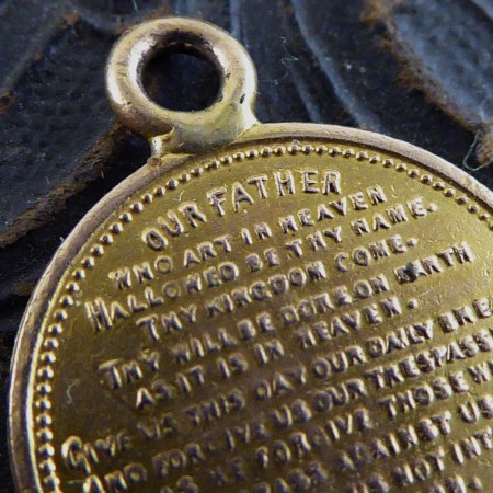 SOLD Antique Prayer Charm in 9ct Gold c1930s