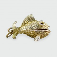 SOLD Vintage Opening Fish and Hook Charm Pendant in 9ct Gold