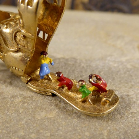 Vintage 9ct Gold Boot Charm with a Hidden Rhyme Scene Inside