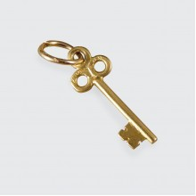 18ct Yellow Gold New Beginnings Key Charm Pendant