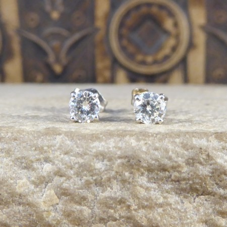 Contemporary Diamond Stud Earring 0.26ct each in 18ct White Gold