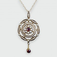 Edwardian Spessartine Garnet and Seed Pearl Pendant and Chain set in 9ct Gold