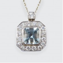 Contemporary Art Deco Style 2.40ct Aquamarine and Diamond Cluster Necklace set in 18ct White Gold