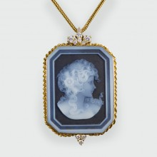 Diamond and Banded Agate Portrait Pendant in 18ct Gold