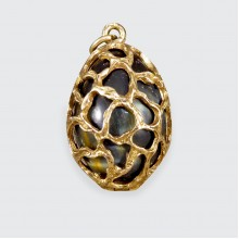 1970's 9ct Yellow Gold Caged Tigers Eye Egg Pendant