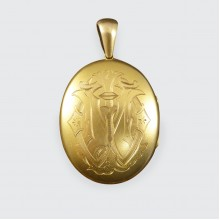 Antique Quality Victorian In Memory Of Initialed Locket in 15ct Yellow Gold