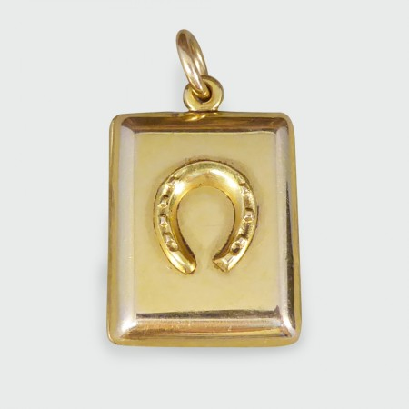 Edwardian Horseshoe Locket in 15ct Yellow Gold