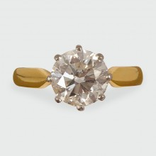 SOLD Contemporary 1.75ct Diamond Solitaire Ring set in 18ct Gold