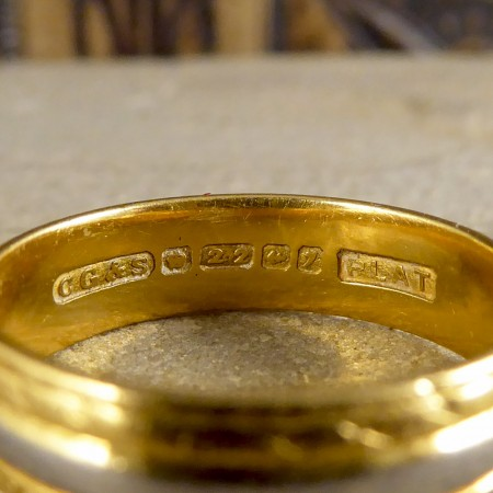 SOLD Vintage Wedding Band in 22ct Gold and Platinum