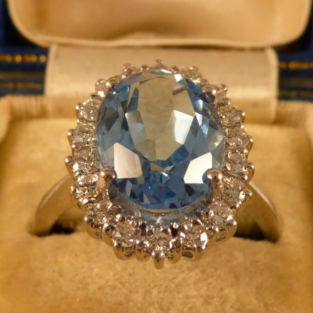 Contemporary Blue Topaz and Diamond Cluster Ring in 18ct White Gold