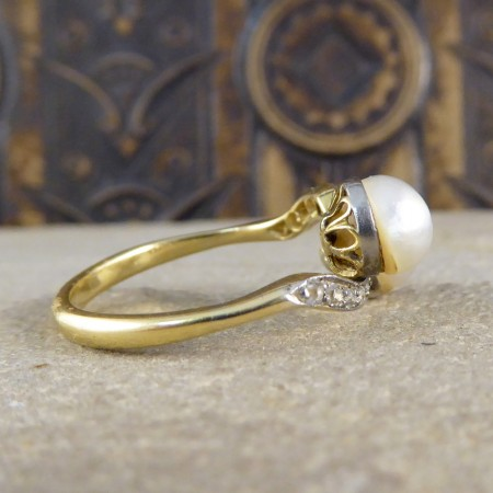 Antique Edwardian Pearl and Diamond Twist Ring in 18ct Gold and Platinum