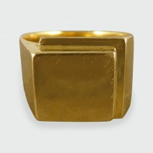 SOLD Vintage Gents Square Heavy Signet Ring in 18ct Gold
