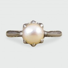 Natural Pearl Edwardian Ring crafted in Platinum