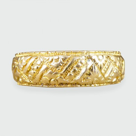SOLD Late Victorian detailed 18ct Yellow Gold Wedding Band