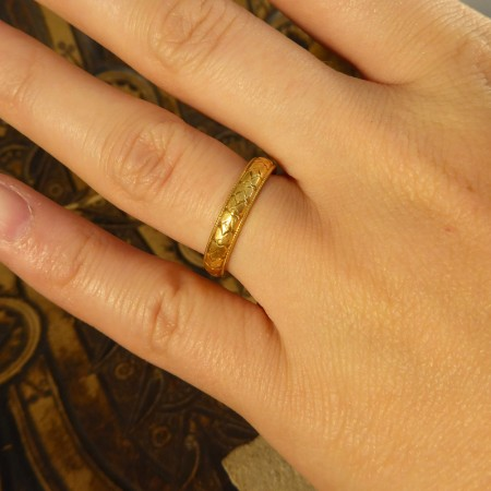 SOLD Decorative Charles Green and Son 18ct Yellow Gold Wedding Band