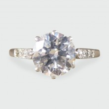 Beautiful 1920's 1.80ct Diamond Solitaire Engagement Ring in Platinum