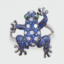 Contemporary Diamond and Sapphire set Amphibian Ring in 18ct White Gold