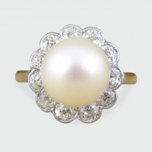 1930's Cultured Pearl and Diamond Cluster Ring in 18ct Gold