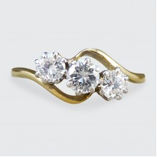 Edwardian Diamond Three Stone Twist Ring in 18ct Gold