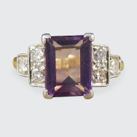 Art Deco Amethyst and Diamond Ring in 18ct Yellow Gold and Platinum