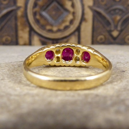 Edwardian Vibrant Coloured Ruby and Diamond Ring in 18ct Yellow Gold