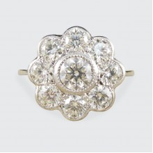 Contemporary 1.60ct Total Diamond Daisy Cluster Ring in Platinum
